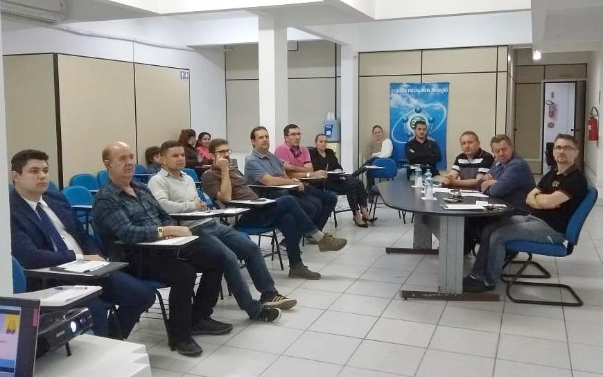Região da Foz do Itajaí tem 261 vagas abertas no setor de tecnologia
